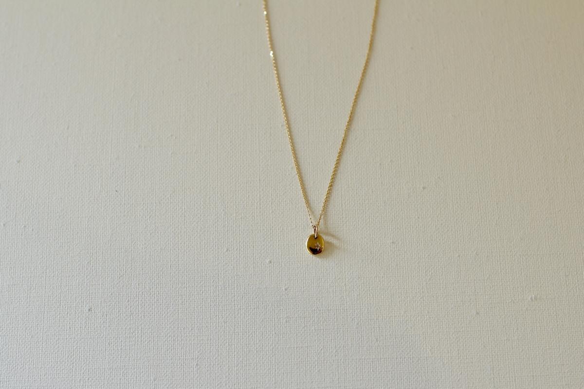 K18星留めダイヤモンドのネックレス